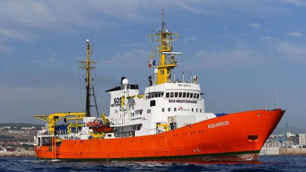 """Hilfsorganisation gibt Flüchtlingsrettungsschiff """"Aquarius"""" auf"""