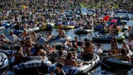 Party auf dem Landwehrkanal sorgt für heftige Kritik