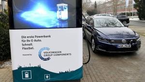 """VW kämpft gegen die """"Ladeangst"""" der Deutschen"""