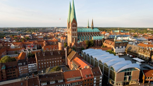 Gesundheits-Verwaltung so groß wie Lübeck