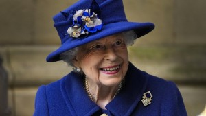Queen Elizabeth II. verbringt Nacht im Krankenhaus