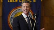 Kaliforniens Gouverneur Gavin Newsom konnte sich allen Prognosen nach im Amt halten.