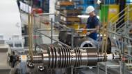 Im deutschen Maschinenbau ist kein Ende der Talfahrt in Sicht. Der Industriezweig verbuchte im Juni einen Rückgang der Aufträge um fünf Prozent.