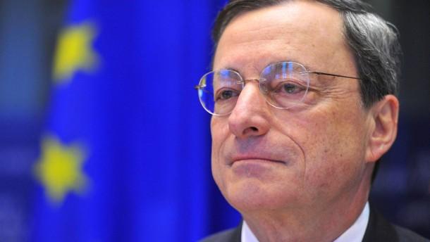 Draghi verteidigt die EU-Bankenaufsicht