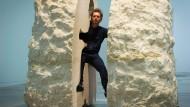 Künstler nach sieben Tagen in Steinblock wieder frei