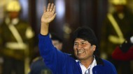 Morales feiert Sieg bei der Präsidentenwahl