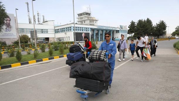 Luftwaffe fliegt am Montag für Evakuierung nach Kabul