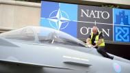 Union und SPD streiten über Erhöhung von Nato-Wehretat