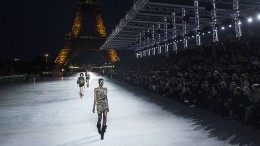 Mode im Schatten des Eiffelturms