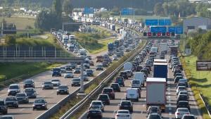 Österreicher sollen deutsche Pkw-Maut kontrollieren