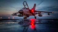 Ein Bundeswehr-Tornado Mitte April auf dem Bundeswehr-Stützpunkt im türkischen Incirlik