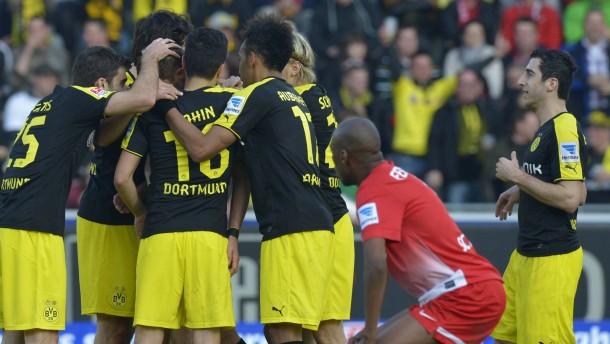 Dortmund glücklich dank Kehls Kunstschuss