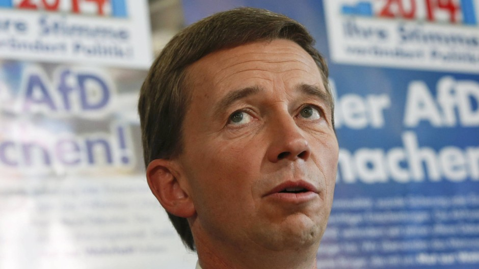 """Die NPD sei """"blöde"""", sagt der AfD-Vorsitzende Bernd Lucke"""