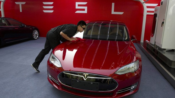 Tesla untersucht möglichen Brand eines Model S in China