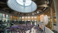 Lammert nennt derzeitiges Wahlgesetz abstrus