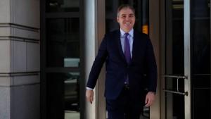Acosta muss Akkreditierung fürs Weiße Haus zurückerhalten