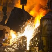 Heiß und brandgefährlich: Stahlerzeugung ist sehr energieintensiv