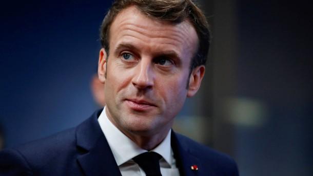 Macron im Streit um Rentenreform kompromissbereit