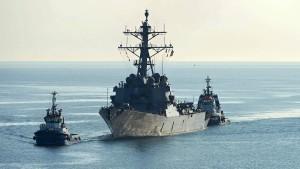 Amerika wirft Russland aggressive Vorbeiflüge an Kriegsschiff vor
