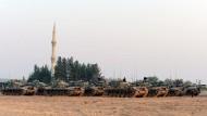 Türkei greift kurdische Stellungen in Syrien an