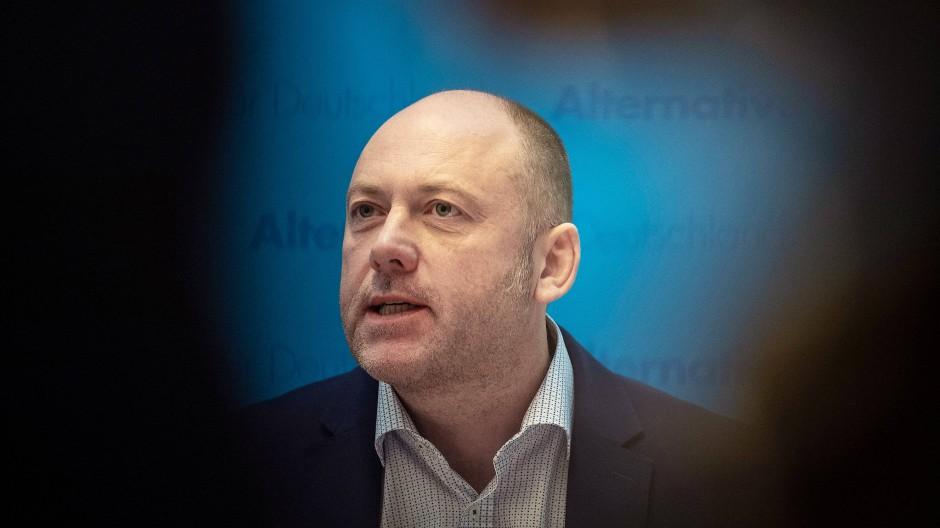 Abgewählt: Joachim Paul bei seinem Statement in den Fraktionsräumen der AfD