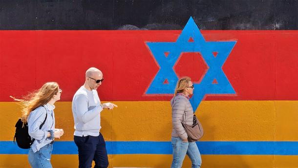 Wie leben Juden in Deutschland mit dem Hass?