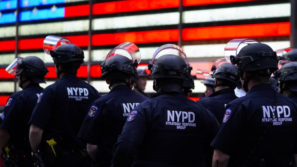 Auch der Bundesstaat New York verbietet Würgegriffe
