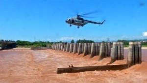 Rettung per Hubschrauber nach Überflutung