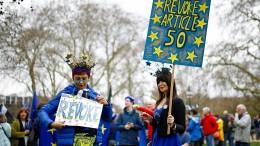 Mehr als vier Millionen Briten unterstützen Petition gegen Brexit