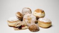 Süß und rund: Kreppel gehören in der Fastachtszeit auf den Teller.