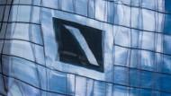 Die Deutsche Bank hat abermals unerfreulichen Besuch von der Staatsanwaltschaft.