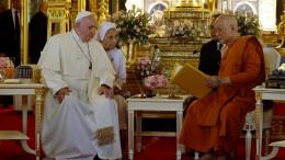Franziskus prangert sexuellen Missbrauch von Frauen und Kindern an