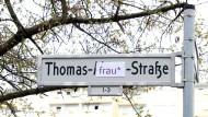 """Sprache und Ideologie: Henning Lobins Streitschrift """"Sprachkampf"""""""