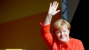 Merkel wird in Bitterfeld ausgepfiffen