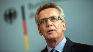Regierung sagt mehr finanzielle Hilfe für Flüchtlingsandrang zu