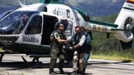 Aufgrund der schwer zugänglichen Absturzstelle im Tejeda-Gebirge hat die Zivilgarde die drei Leichen erst am Sonntagnachmittag bergen können.