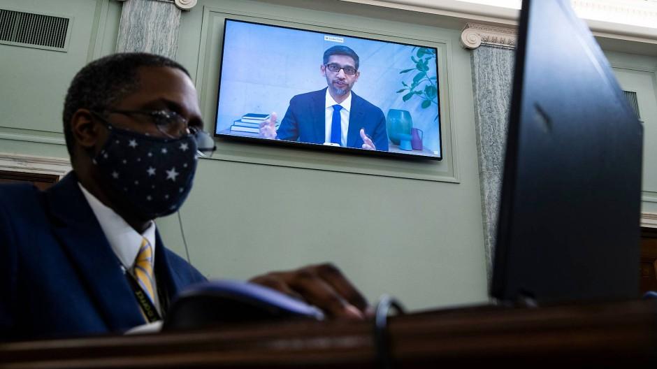 Google-Chef Sundar Pichai in einer Anhörung am Mittwoch in Washington