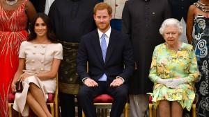 Die Königin zieht die Reißleine