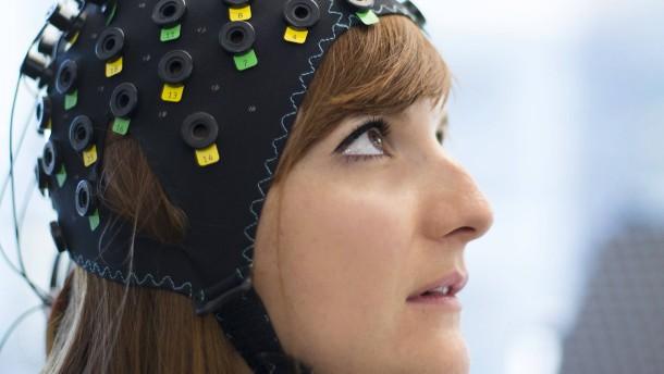 Elon Musk verkabelt Gehirne und Computer