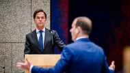 In einem Boot: Ministerpräsident Mark Rutte (links) und der Sozialdemokrat Lodewijk Asscher (rechts).