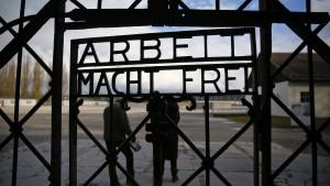 Diebe stehlen Tor der KZ-Gedenkstätte Dachau