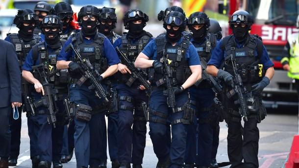 Britische Regierung warnt vor rechtem Terrorismus