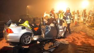 Drei Tote bei Unfall auf Autobahn bei Paderborn