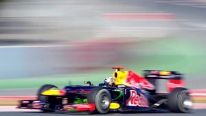 Vettel fährt Tagesbestzeit