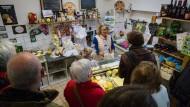 Italienisches made in Deutschland: Andrea L'Abbate in ihrem Käseladen in Offenbach