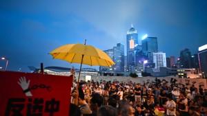 Hongkonger demonstrieren gegen Auslieferungspläne an China