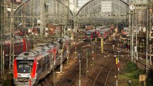 Der Bahn fehlen laut EVG 57 Milliarden Euro