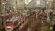 Die Infrastruktur ist der geplanten Verkehrswende nicht gewachsen.