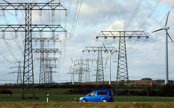 """Bild zu: Trassen-Bau: """"Kaum neue Strommasten"""" - Bild 1 von 1 - FAZ"""