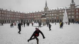 Auf dreißig Stunden Schneefall folgt die große Kälte